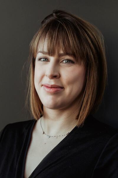 Ewa Mila, Fdomes